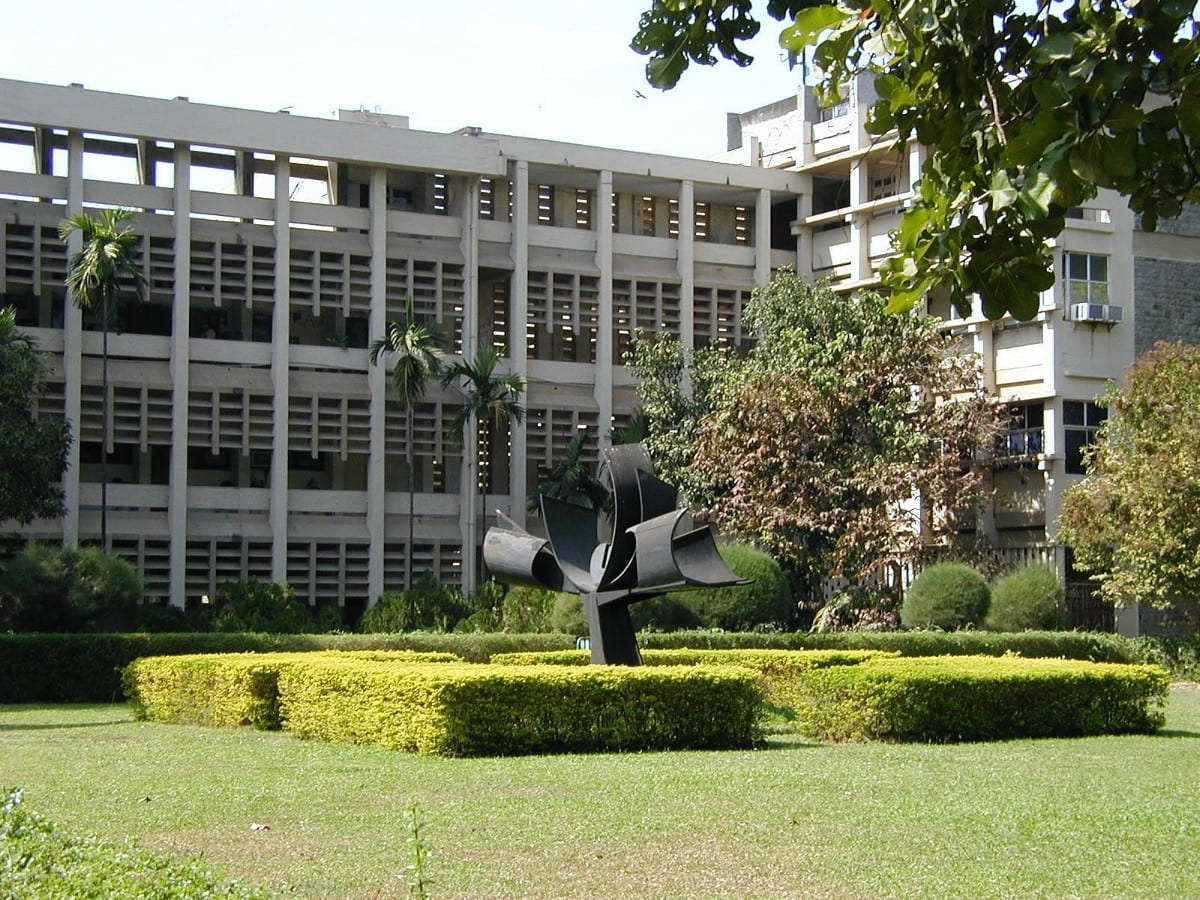 Admission open for MTech and PhD programmes in IIT Bombay for Autumn Semester 2018-19