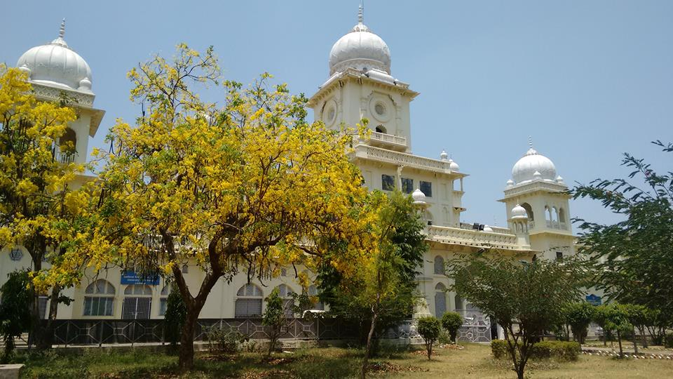 Lucknow University hiring more than 170 faculty posts