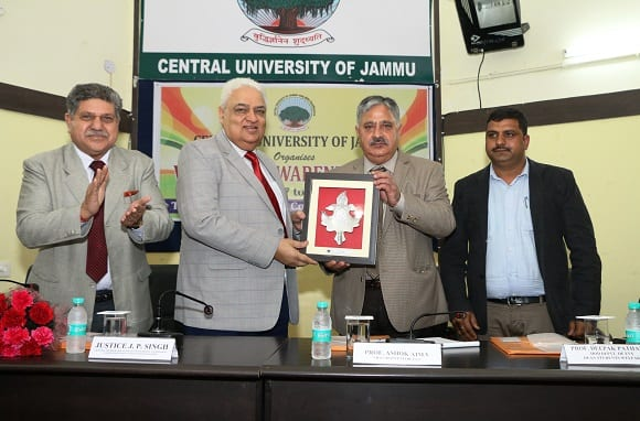 Central University of Jammu recruiting 52 faculty posts ! Apply now