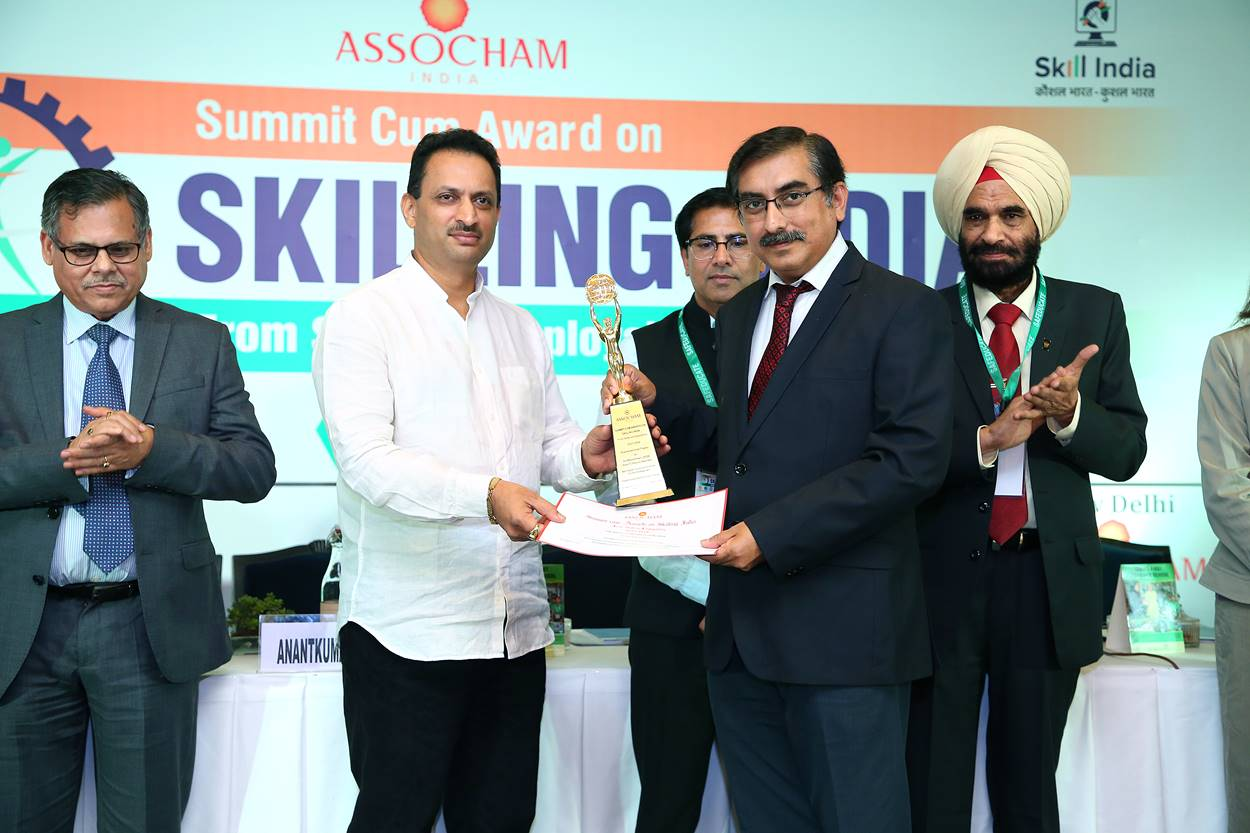 "Frankfinn receives the Gold Award for ""Best Higher Vocational  Institute for Skill Development – 2018"" for the third time in a row"